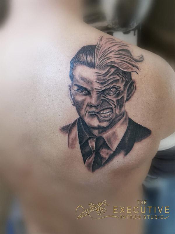 The Executive Tattoo Studio - Studio di tatuaggi realistici a Genova
